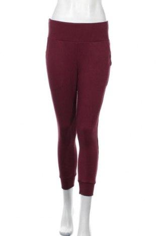 Pantaloni trening de femei Nike, Mărime S, Culoare Roșu, 84% viscoză, 13% poliester, 3% elastan, Preț 146,55 Lei