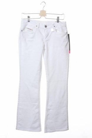 Детски панталон Diesel, Размер 15-18y/ 170-176 см, Цвят Бял, 93% памук, 5% полиестер, 2% еластан, Цена 17,10лв.