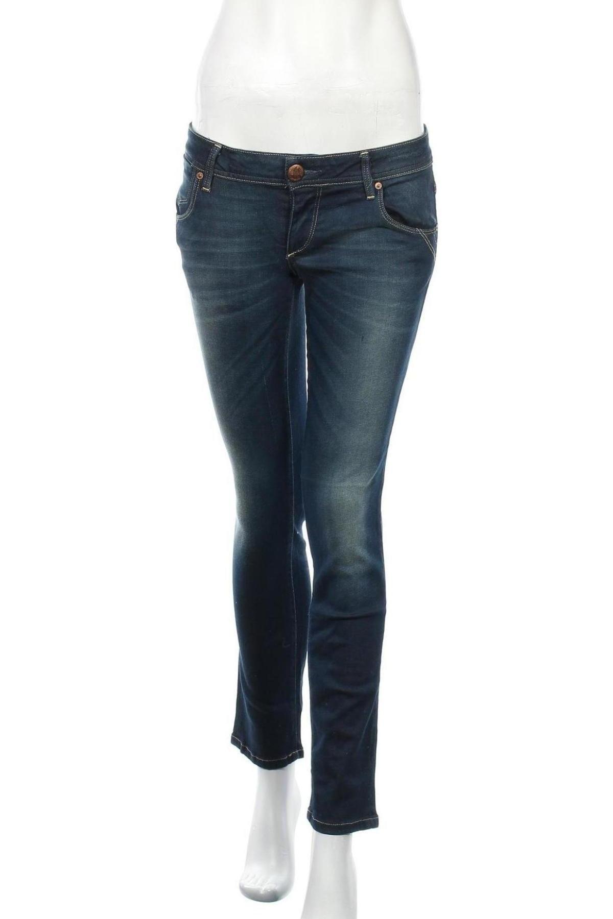 Дамски дънки ONLY, Размер M, Цвят Син, 98% памук, 2% еластан, Цена 14,48лв.