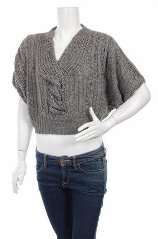 Дамски пуловер Lola, Размер S, Цвят Сив, 70% полиакрил, 30% вълна, Цена 9,60лв.