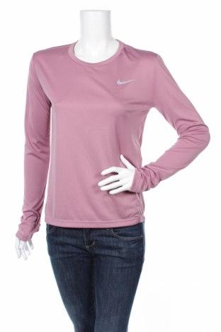 Γυναικεία αθλητική μπλούζα Nike