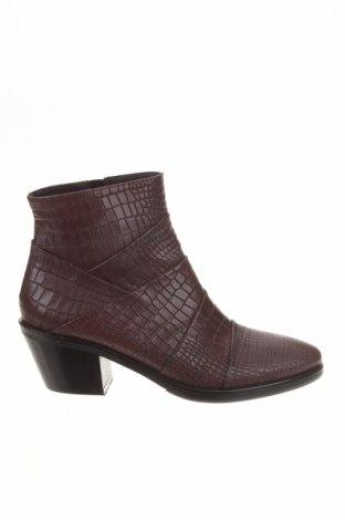 Dámské topánky  Denouee