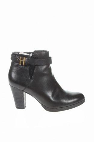 Dámské topánky  Esprit
