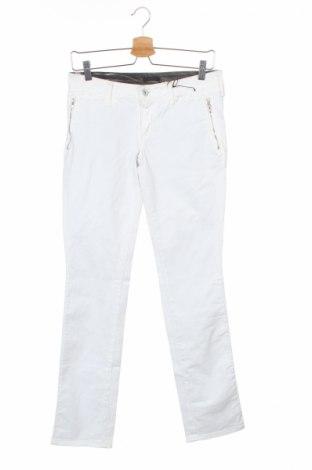 Дамски дънки C'n'c' Costume National, Размер S, Цвят Бял, 97% памук, 3% еластан, Цена 216,75лв.