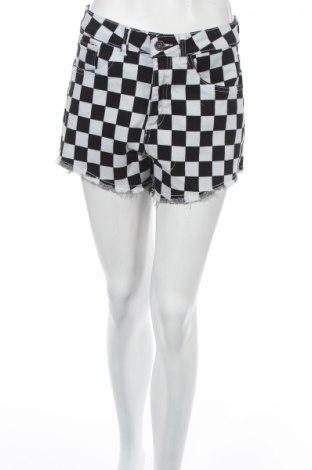 Γυναικείο κοντό παντελόνι Urban Classics