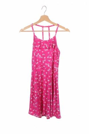 Детска рокля Abercrombie Kids, Размер 11-12y/ 152-158 см, Цвят Розов, 95% вискоза, 5% еластан, Цена 20,15лв.