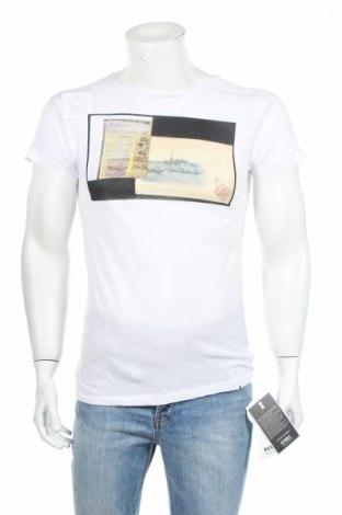 Мъжка тениска Keyhole