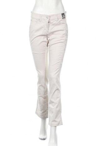 Дамски дънки Cappopera, Размер M, Цвят Бежов, 98% памук, 2% еластан, Цена 7,75лв.