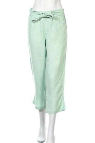 Дамски панталон Sisley, Размер M, Цвят Зелен, Цена 8,19лв.