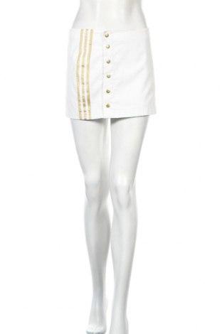 Пола Adidas Respect Me, Размер XS, Цвят Бял, Полиестер, Цена 8,00лв.