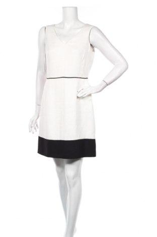 Рокля Esprit, Размер M, Цвят Бял, 97% полиестер, 3% еластан, Цена 8,00лв.