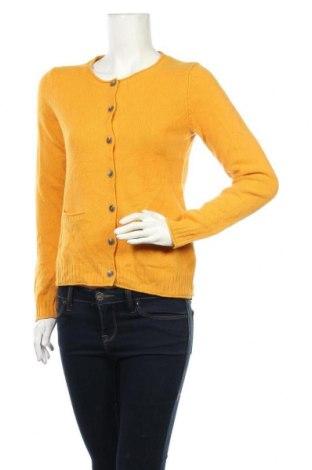 Дамска жилетка Christian Berg, Размер S, Цвят Жълт, Мерино, Цена 41,60лв.