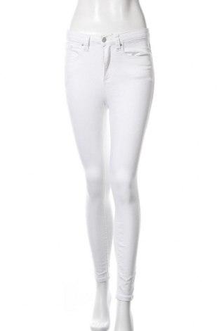 Дамски дънки, Размер S, Цвят Бял, Цена 17,00лв.