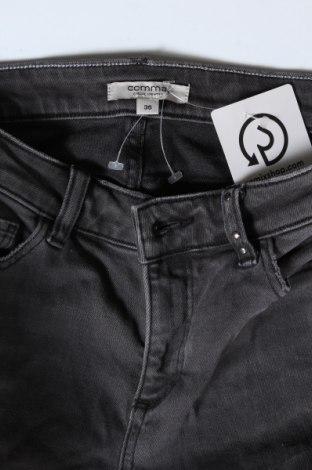 Дамски дънки Comma,, Размер S, Цвят Сив, 99% памук, 1% еластан, Цена 81,75лв.