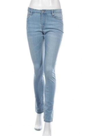 Дамски дънки Lois, Размер M, Цвят Син, 78% памук, 20% полиестер, 2% еластан, Цена 35,88лв.