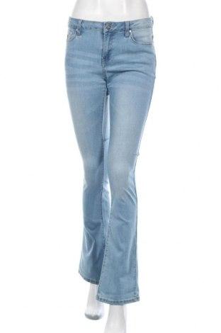 Дамски дънки Lois, Размер M, Цвят Син, 78% памук, 20% полиестер, 2% еластан, Цена 33,96лв.
