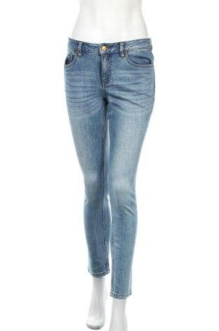 Дамски дънки Lois, Размер M, Цвят Син, 99% памук, 1% еластан, Цена 44,16лв.