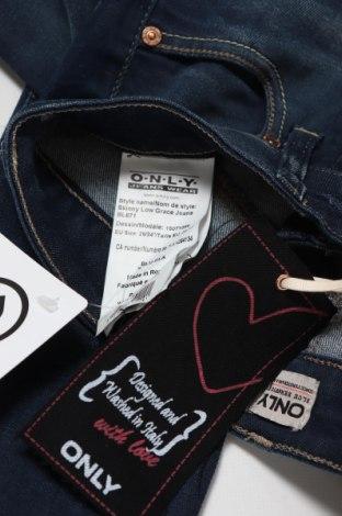 Дамски дънки ONLY, Размер S, Цвят Син, 98% памук, 2% еластан, Цена 25,53лв.