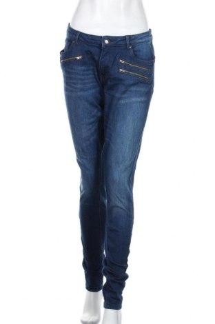Дамски дънки Q/S by S.Oliver, Размер L, Цвят Син, 99% памук, 1% еластан, Цена 27,72лв.