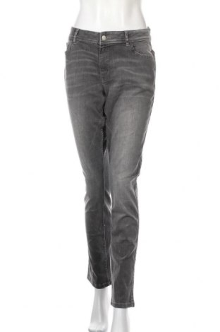 Дамски дънки Q/S by S.Oliver, Размер XL, Цвят Сив, 82% памук, 16% полиестер, 2% еластан, Цена 64,50лв.