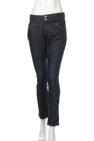 Дамски дънки Q/S by S.Oliver, Размер L, Цвят Син, 65% памук, 35% полиестер, Цена 64,50лв.