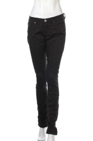 Дамски дънки Q/S by S.Oliver, Размер M, Цвят Черен, 98% памук, 2% еластан, Цена 84,00лв.