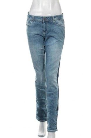 Дамски дънки S.Oliver, Размер M, Цвят Син, 94% памук, 6% еластан, Цена 64,50лв.