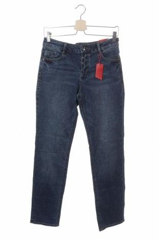 Дамски дънки S.Oliver, Размер XS, Цвят Син, 98% памук, 2% еластан, Цена 15,70лв.