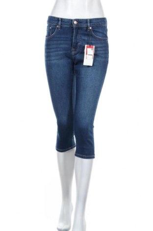 Дамски дънки S.Oliver, Размер S, Цвят Син, 99% памук, 1% еластан, Цена 59,25лв.