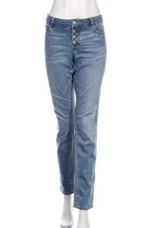 Дамски дънки S.Oliver, Размер S, Цвят Син, 98% памук, 2% еластан, Цена 48,00лв.