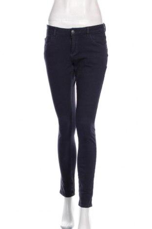 Дамски дънки S.Oliver, Размер S, Цвят Син, 97% памук, 3% еластан, Цена 28,38лв.
