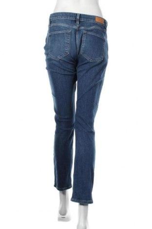 Дамски дънки S.Oliver, Размер M, Цвят Син, 82% памук, 17% полиестер, 1% еластан, Цена 21,00лв.