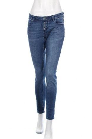 Дамски дънки S.Oliver, Размер M, Цвят Син, 93% памук, 7% еластан, Цена 27,72лв.