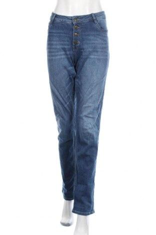 Дамски дънки S.Oliver, Размер XL, Цвят Син, 99% памук, 1% еластан, Цена 28,38лв.