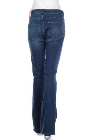 Дамски дънки S.Oliver, Размер S, Цвят Син, 91% памук, 7% полиестер, 2% еластан, Цена 66,75лв.