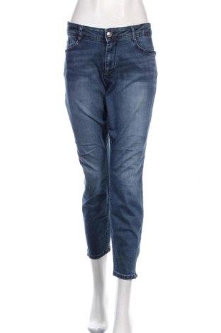 Дамски дънки S.Oliver, Размер L, Цвят Син, 97% памук, 3% еластан, Цена 64,50лв.