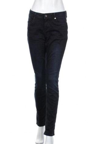 Дамски дънки S.Oliver, Размер M, Цвят Син, 88% памук, 9% полиестер, 3% еластан, Цена 19,32лв.