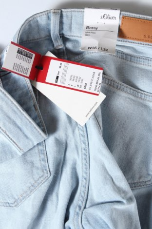 Дамски дънки S.Oliver, Размер S, Цвят Син, 99% памук, 1% еластан, Цена 29,37лв.