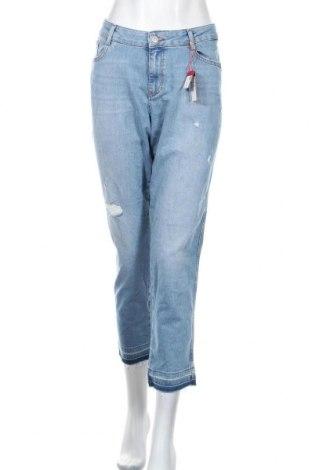 Дамски дънки S.Oliver, Размер XXL, Цвят Син, 99% памук, 1% еластан, Цена 44,16лв.