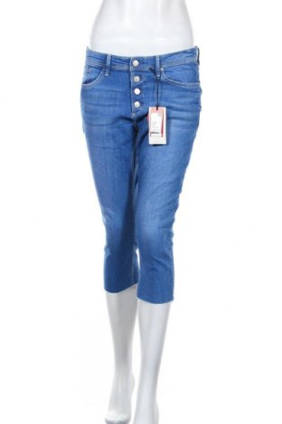 Дамски дънки S.Oliver, Размер M, Цвят Син, 99% памук, 1% еластан, Цена 23,70лв.