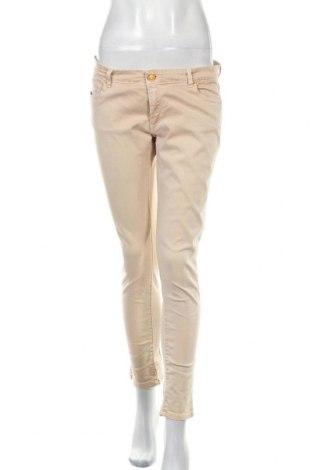 Дамски дънки Zara, Размер M, Цвят Бежов, Цена 15,60лв.