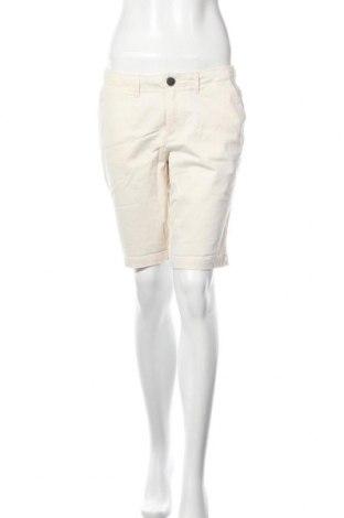 Pantaloni scurți de femei Superdry, Mărime M, Culoare Ecru, 98% bumbac, 2% elastan, Preț 46,84 Lei