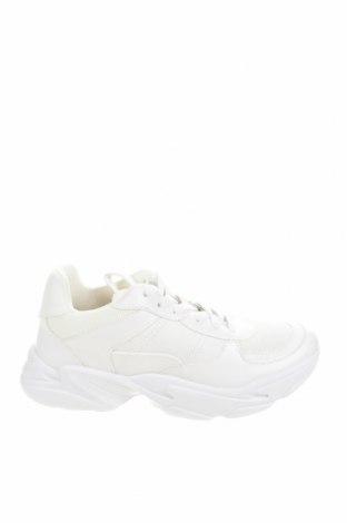Дамски обувки Bullboxer, Размер 39, Цвят Бял, Еко кожа, текстил, Цена 31,05лв.