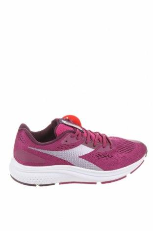 Дамски обувки Diadora, Размер 41, Цвят Лилав, Текстил, Цена 37,06лв.