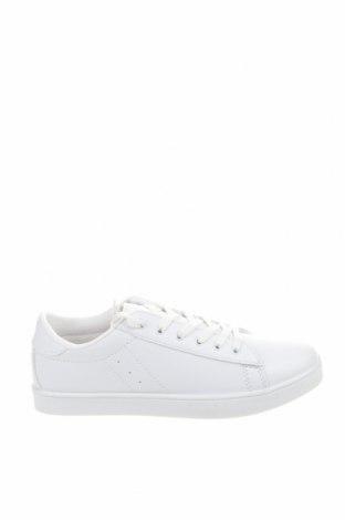 Дамски обувки NLY, Размер 39, Цвят Бял, Еко кожа, Цена 33,81лв.