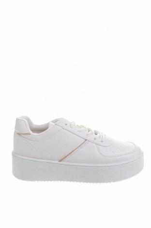 Дамски обувки NLY, Размер 37, Цвят Бял, Еко кожа, Цена 47,61лв.