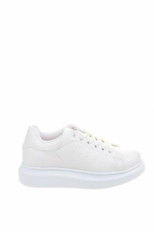 Дамски обувки NLY, Размер 37, Цвят Бял, Еко кожа, Цена 40,71лв.