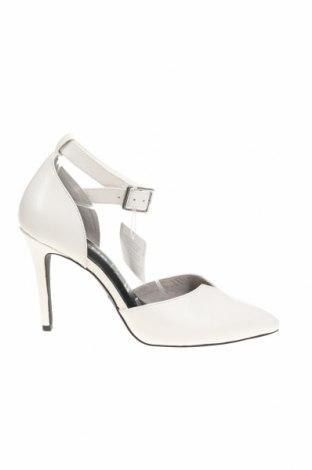 Дамски обувки Tamaris, Размер 39, Цвят Бял, Естествена кожа, Цена 35,70лв.