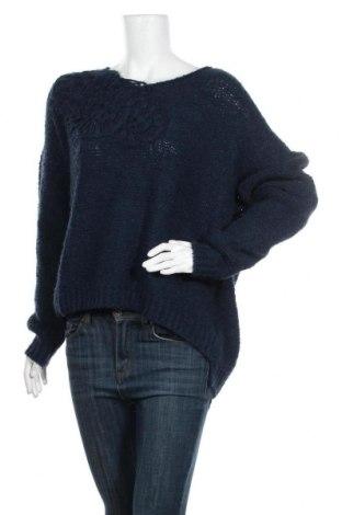 Дамски пуловер Christian Berg, Размер L, Цвят Син, 53% акрил, 14% вълна, 14% вълна от алпака, 10% полиамид, 9% вискоза, Цена 49,40лв.