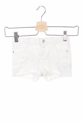 Pantaloni scurți pentru copii Lefties, Mărime 3-4y/ 104-110 cm, Culoare Alb, 98% bumbac, 2% elastan, Preț 31,69 Lei